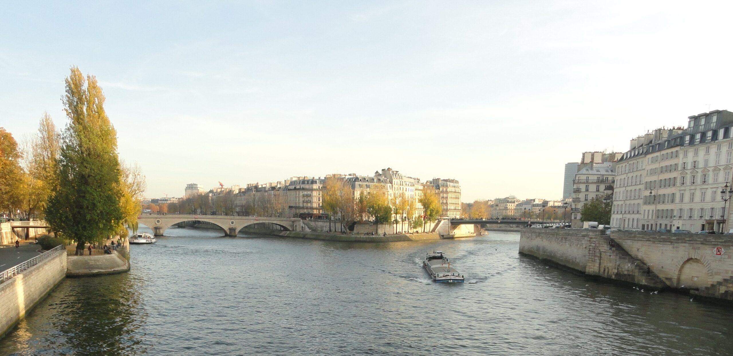 Rio Sena - durante o dia